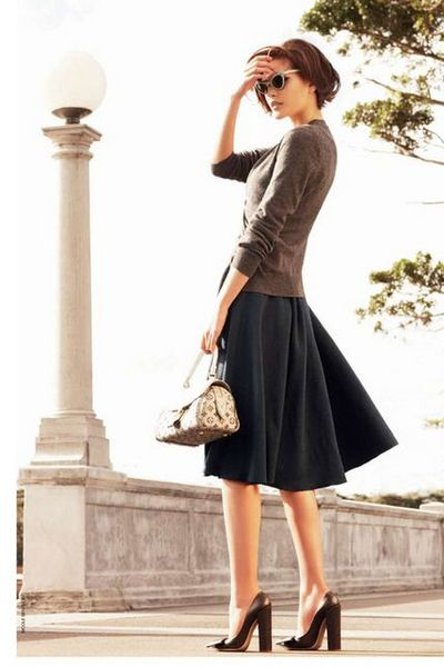 How to Wear A-Line Skirt - Fall Winter 2015-2016 | bemvestir®
