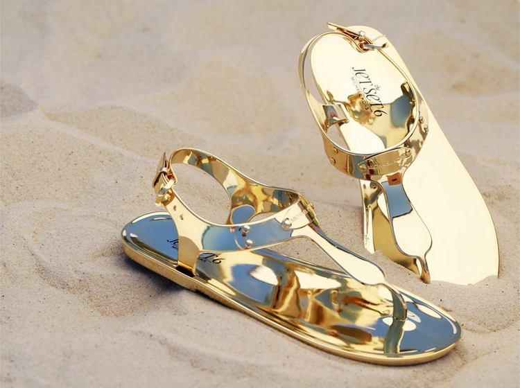Sandálias para o dia