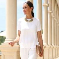 T-shirt branca – looks e tipos físicos