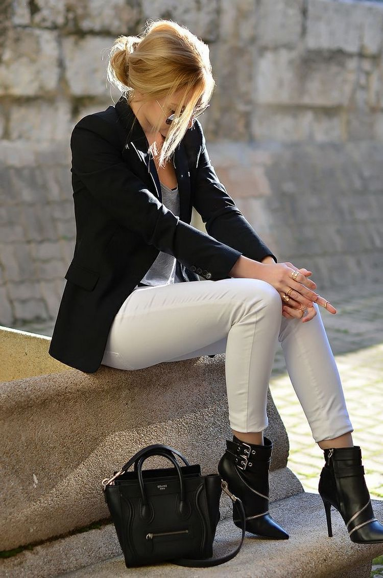 Ways to Wear a Black Blazer