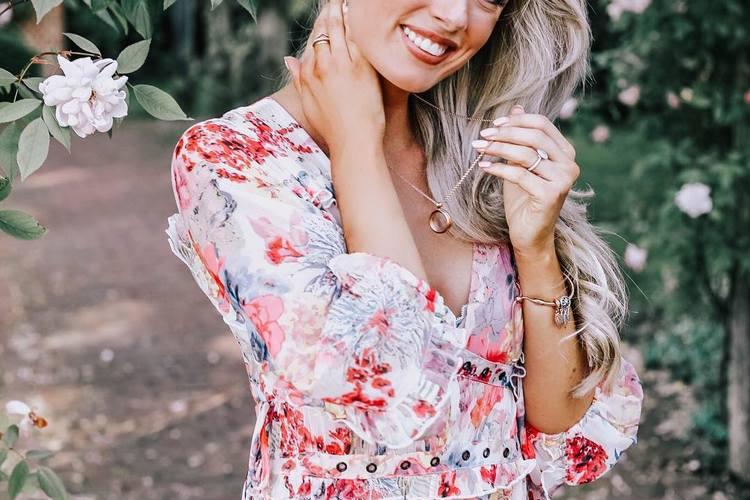 Com usar vestidos floridos Primavera Verão
