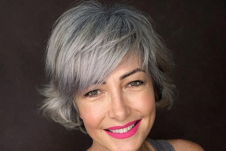 Tendências cortes e colorações de cabelo- Todas as idades